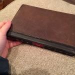 古本のような個性を出せるiPadのおしゃれなケース